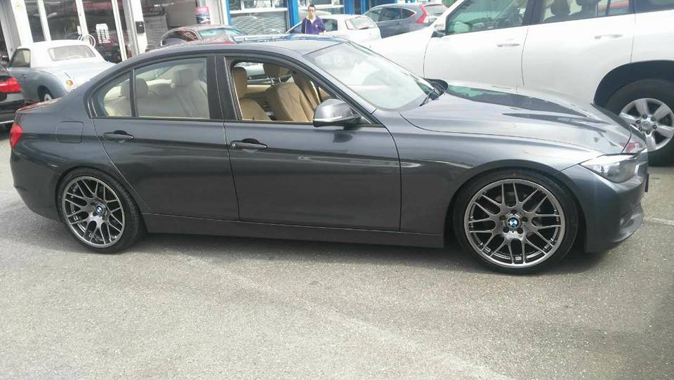 19 Hyper Black CSL Wheels